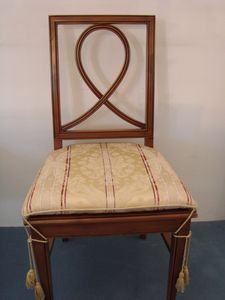 Art. 121, Sedia da pranzo con seduta imbottita