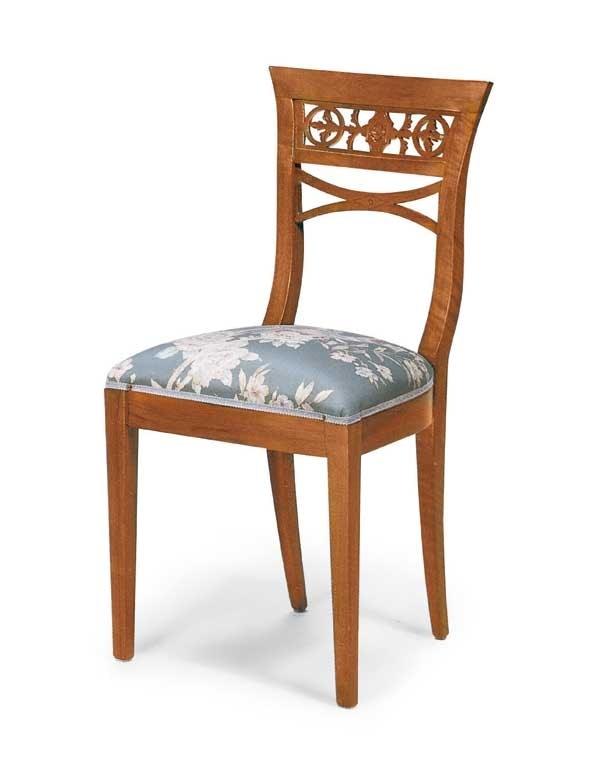 Art. 124, Sedia in legno in stile classico