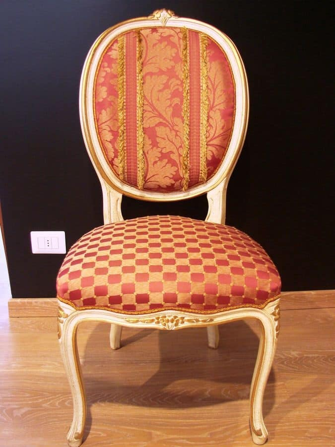 Sedia classica di lusso per la casa in stile luigi xv for Oggettistica classica per la casa