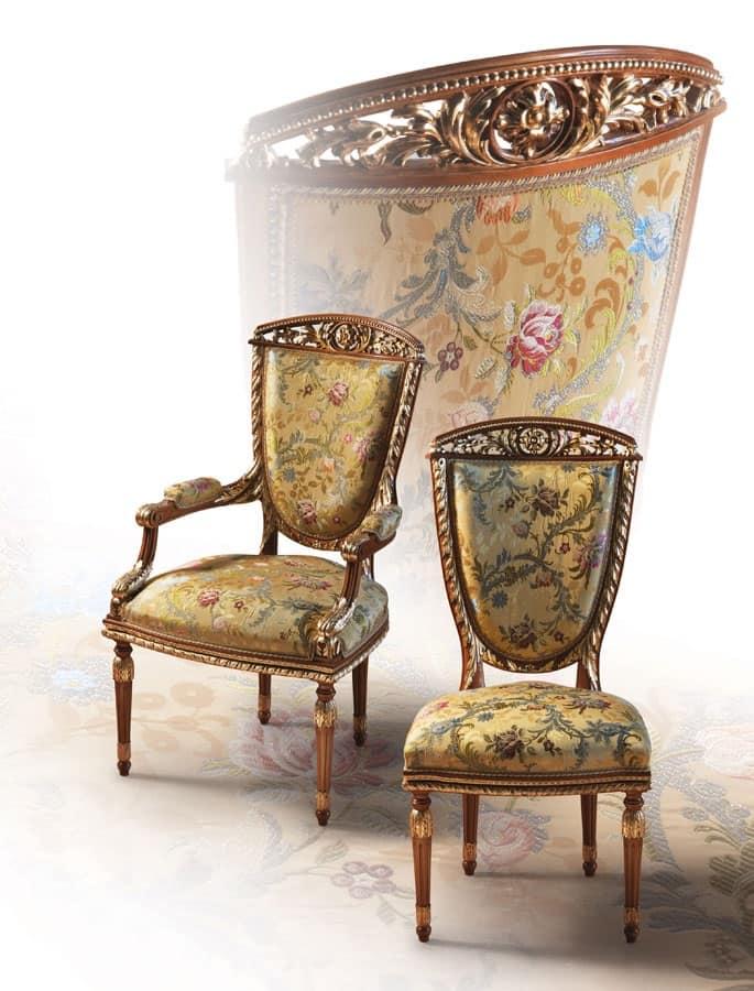 Sedia classica di lusso per sala da pranzo idfdesign for Sedie da sala da pranzo classiche