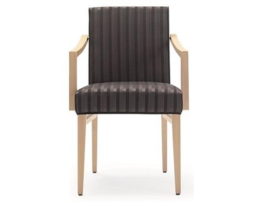 Sedie In Legno Con Braccioli : Sedia in legno per ristorante e albergo con braccioli idfdesign