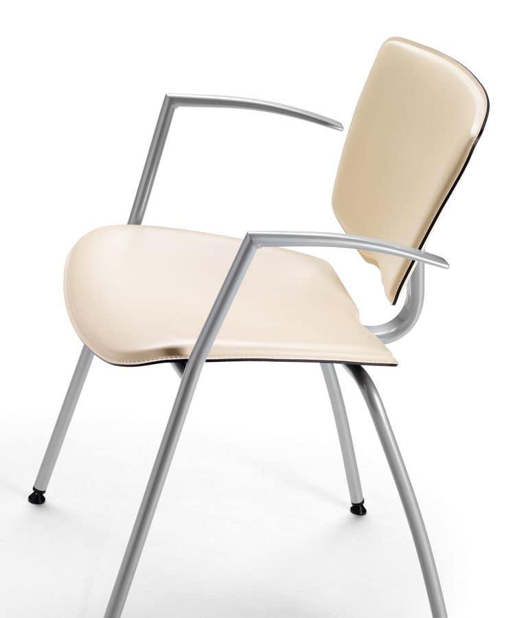 Sedia in metallo con braccioli rivestimento in cuoio for Rivestimento sedie