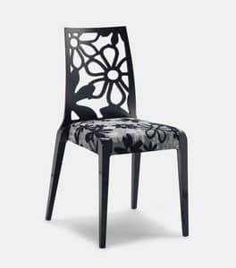 Art. 152, Sedie in legno, schienale con trama a fiori