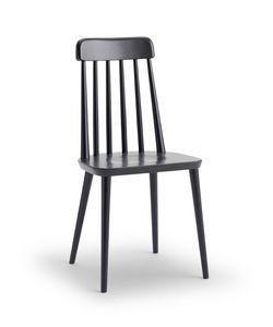 FARM, Sedia dalle linee essenziali, con seduta in massello
