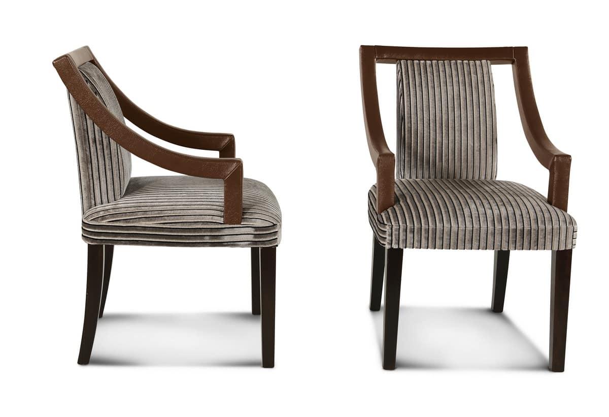 Sedia Imbottita Con Braccioli : Sedia imbottita con braccioli struttura in legno idfdesign