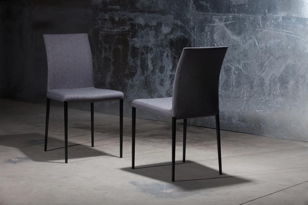 Sedia rivestita in pelle con struttura in metallo idfdesign