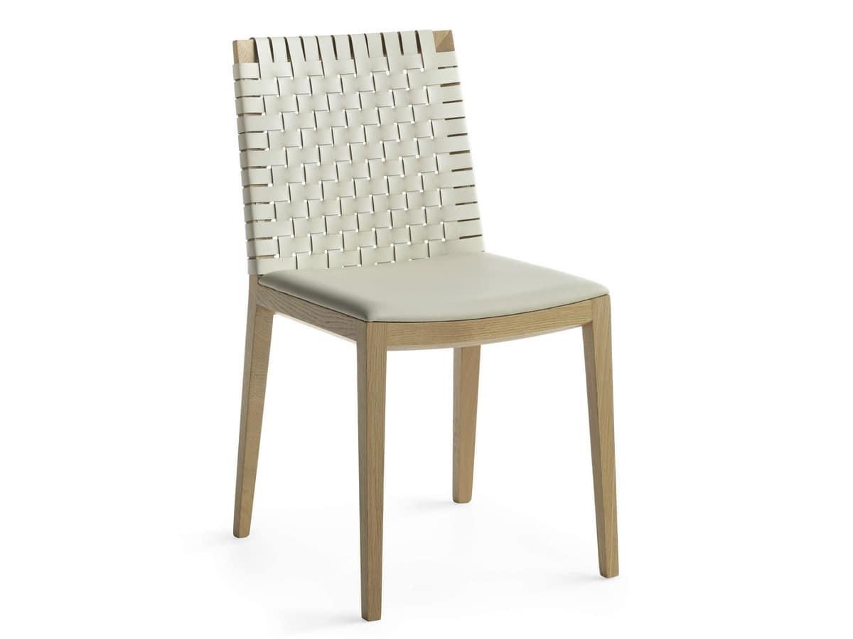 Sedia in legno rivestita in cuoio intrecciato | IDFdesign