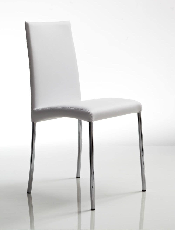 sedia in metallo con gambe cromate rivestimento in pelle