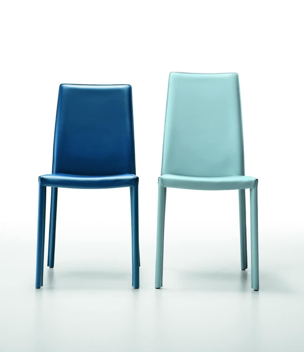 sedia rivestita in pelle con gambe verniciate idfdesign