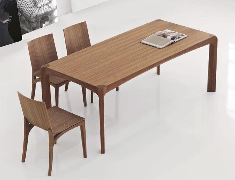 Mak, Sedia in legno con seduta e schienale curvati