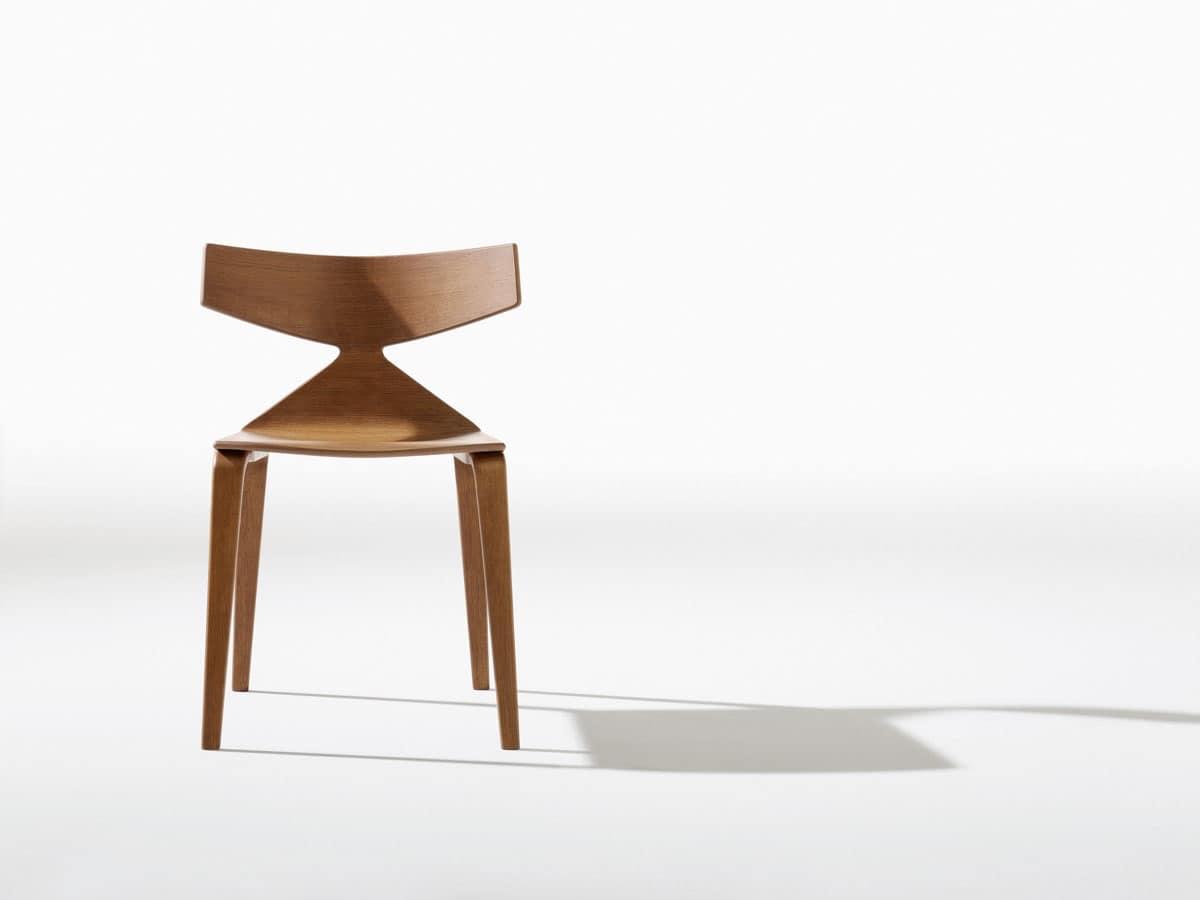 Sedia design con struttura in legno linee dinamiche for Sedie di design in legno