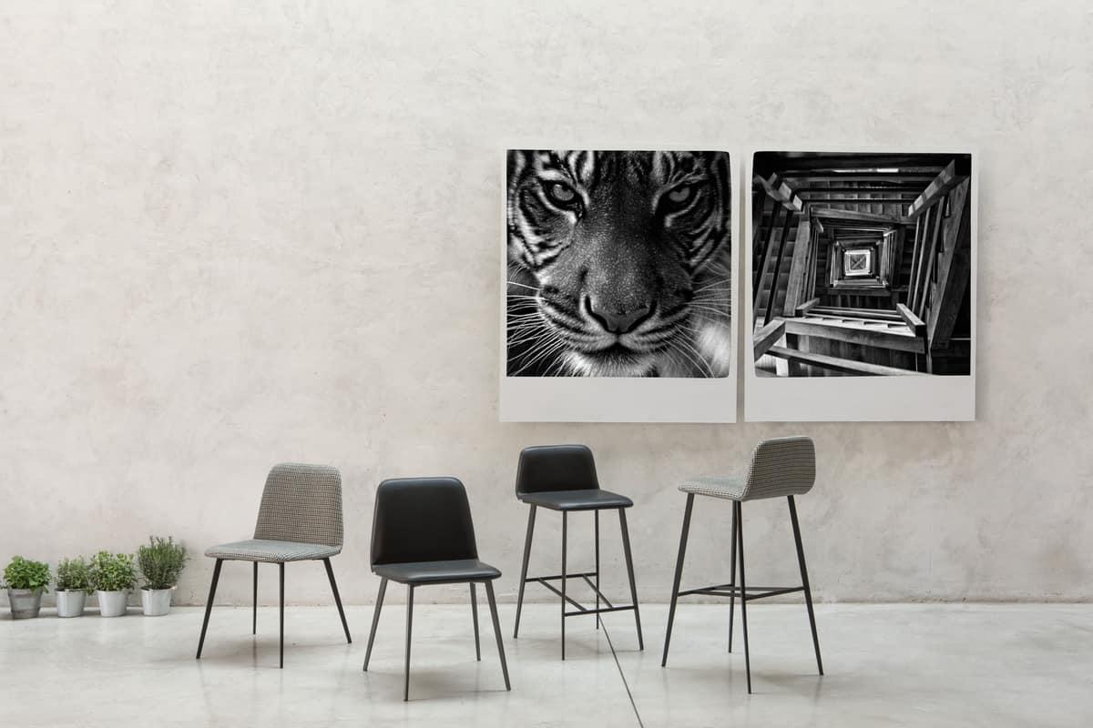ART. BARDOT Met, Sedia imbottita con base in metallo, gambe coniche
