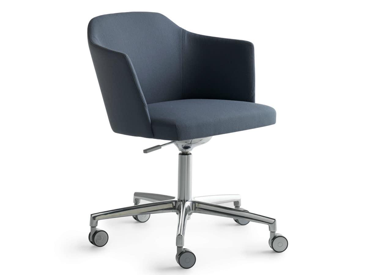 Poltroncina su ruote per ufficio idfdesign for Sedie ufficio design