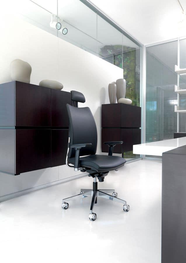 Sedia imbottita per ufficio manageriale elegante for Pelle per rivestimento sedie
