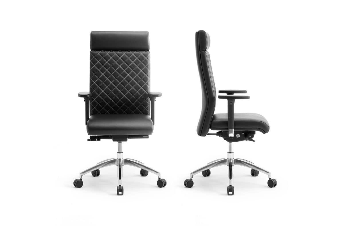 Poltrona esecutiva con base in metallo e regolazione for Sedie ufficio design outlet