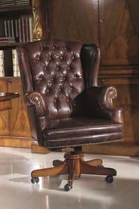4239, Poltrona in legno di faggio massello, seduta e schienale imbottiti, per ambienti in stile classico