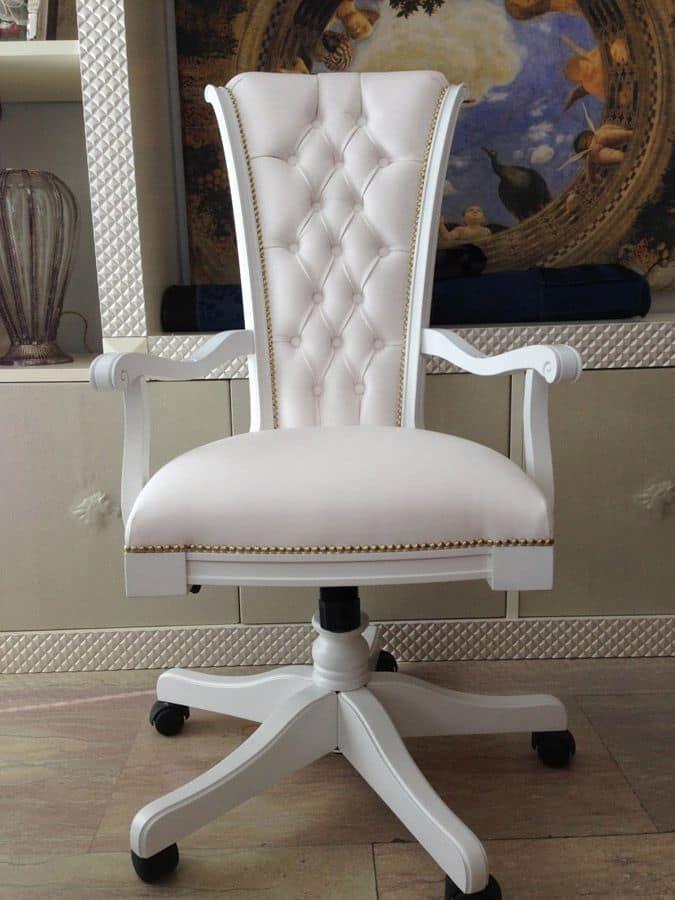 Poltrona Campidoglio 2, Poltroncina girevole per ufficio, schienale e seduta imbottiti, ricoperta in pelle, schienale cotonn�