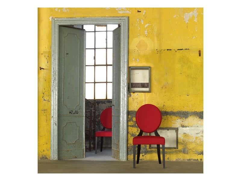 Sedia In Legno Massello Con Schienale Ovale Idfdesign