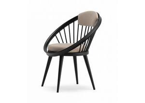 Circle, Sedia in legno con seduta imbottita