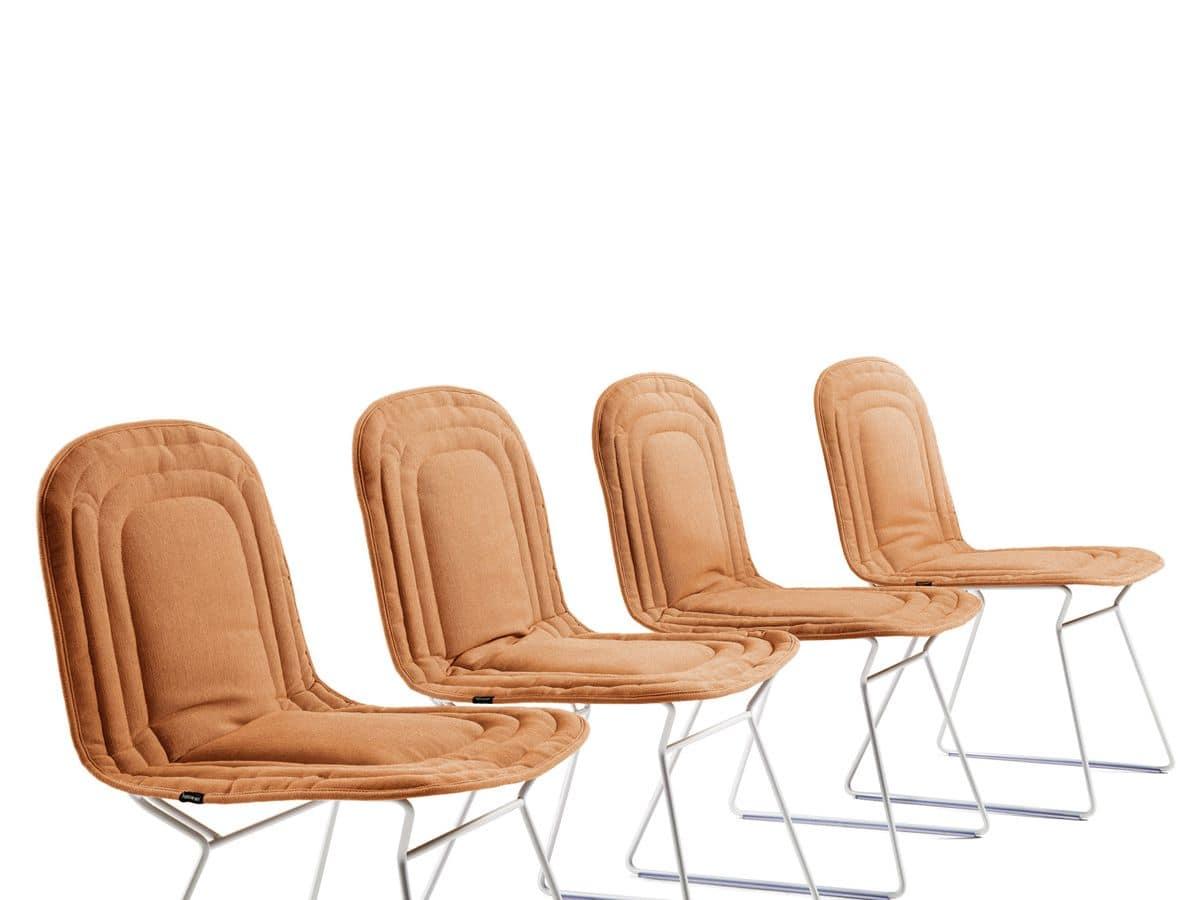 Comoda sedia in acciaio scocca imbottita idfdesign for Sedia design comoda