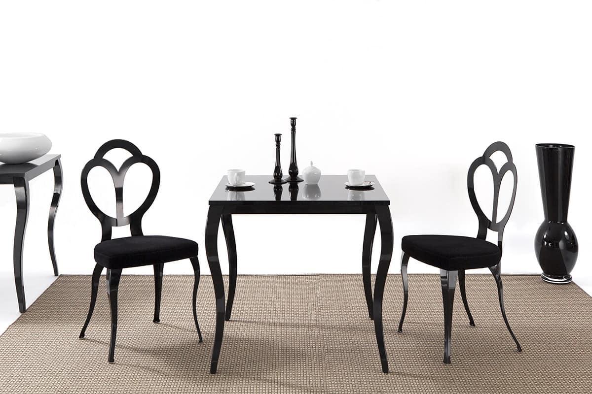 Sedia con seduta imbottita stile barocco idfdesign for Sedie barocche