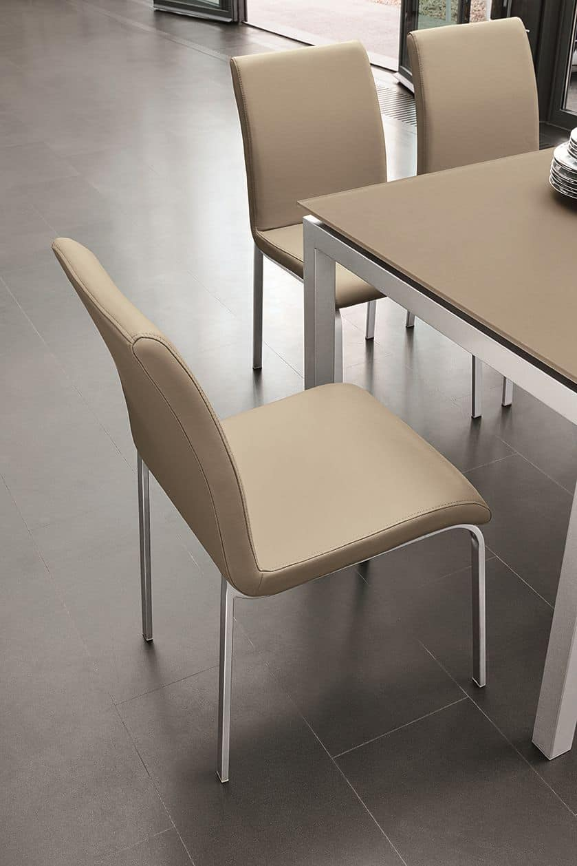 Sedia con scocca imbottita ideale per sala da pranzo e bar for Sedie imbottite per sala da pranzo