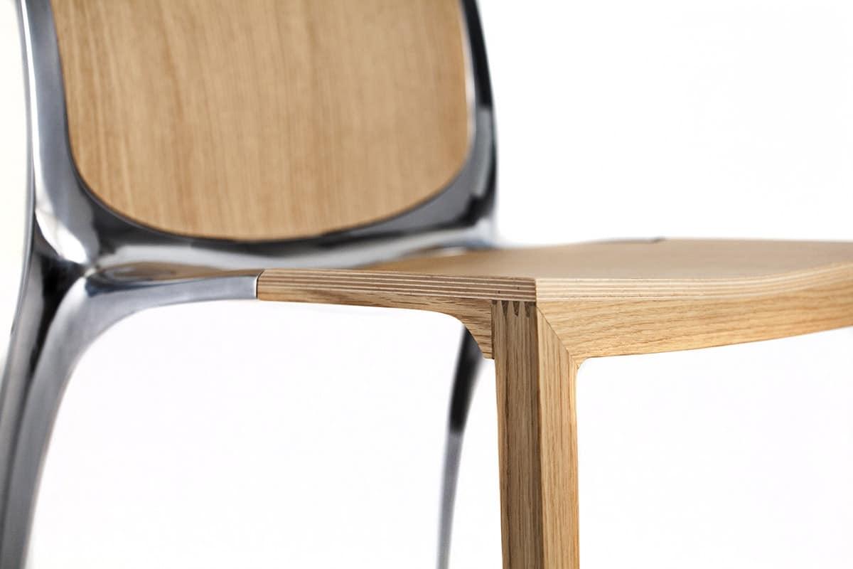 Sedia impilabile in legno e metallo idfdesign for Sedie design metallo