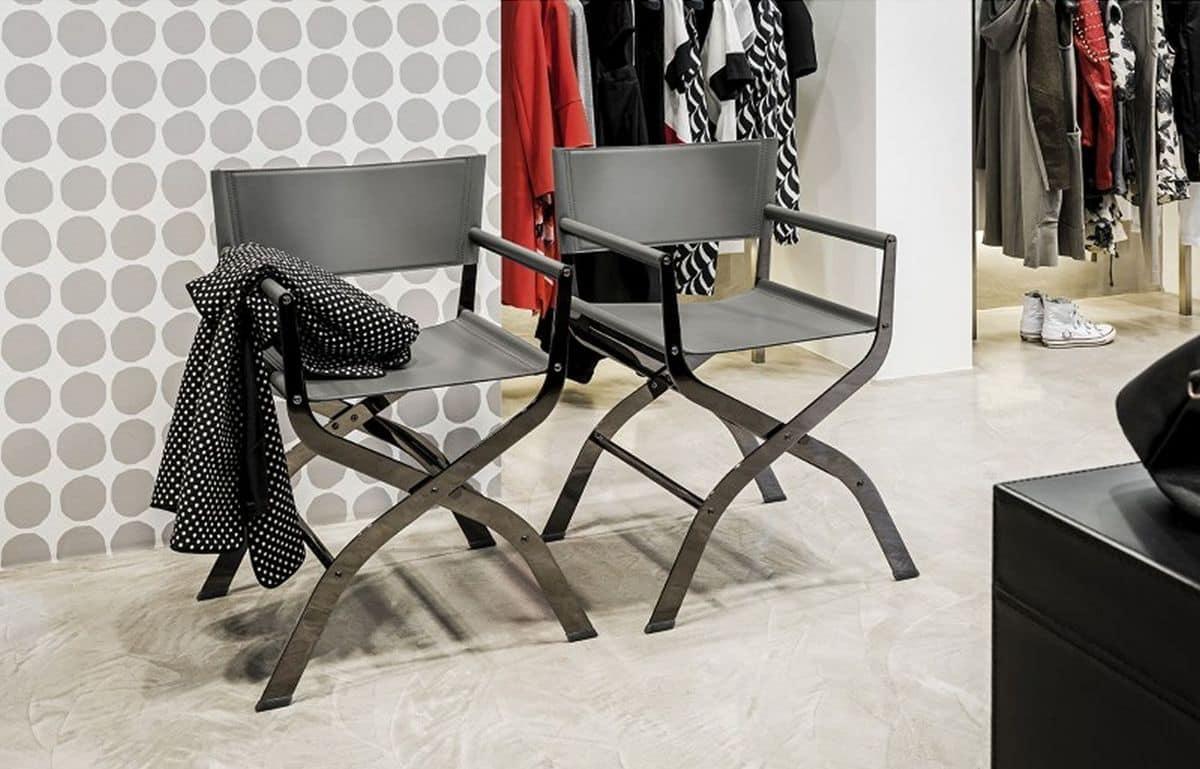 Sedia da regista in metallo e cuoio naturale idfdesign for Sedia design regista