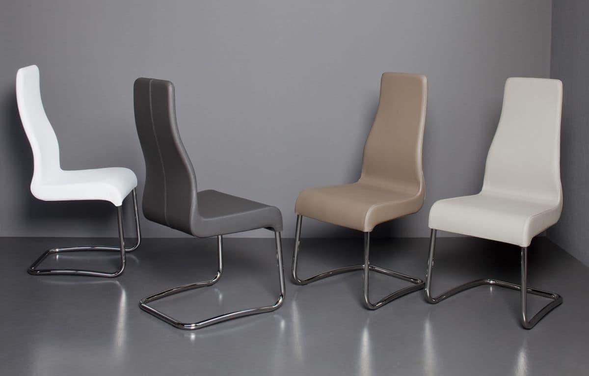 Sedia con base a slitta e scocca imbottita con for Rivestimento sedie