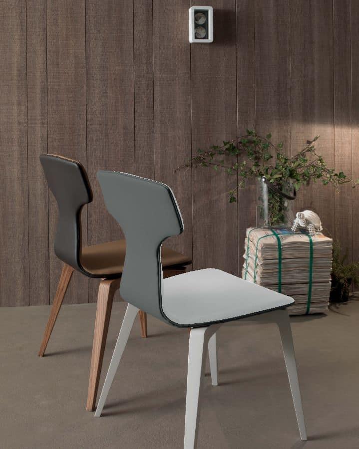 Sedia moderna per sala da pranzo in legno imbottita for Sedie design grigie