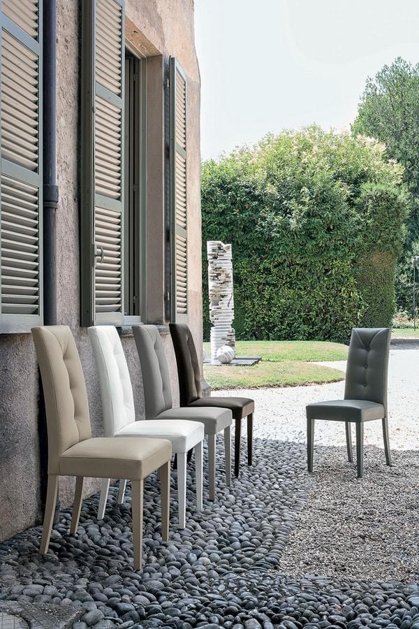 Sedia moderna con alto schienale imbottito idfdesign for Sedie moderne design
