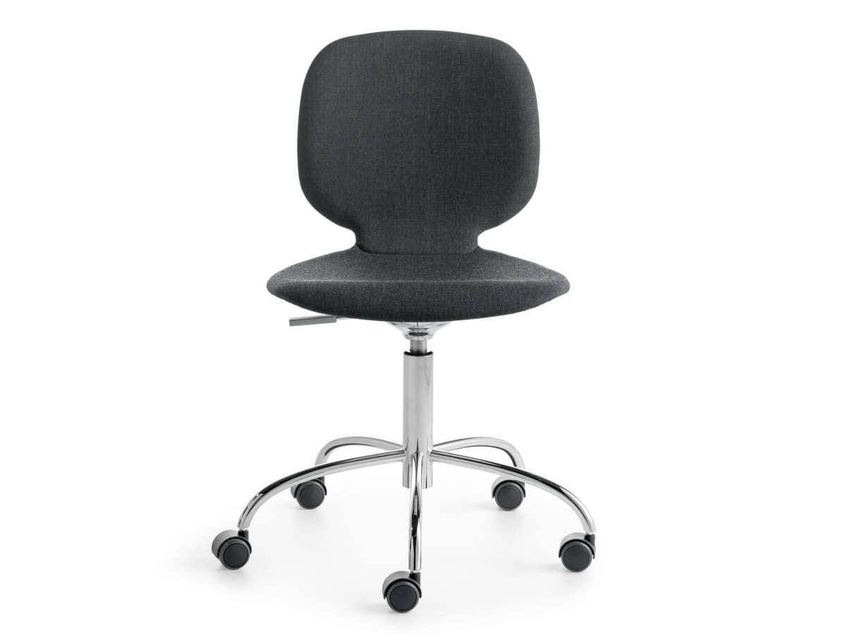 Sedia girevole su ruota altezza regolabile idfdesign for Fenice design sedie ufficio