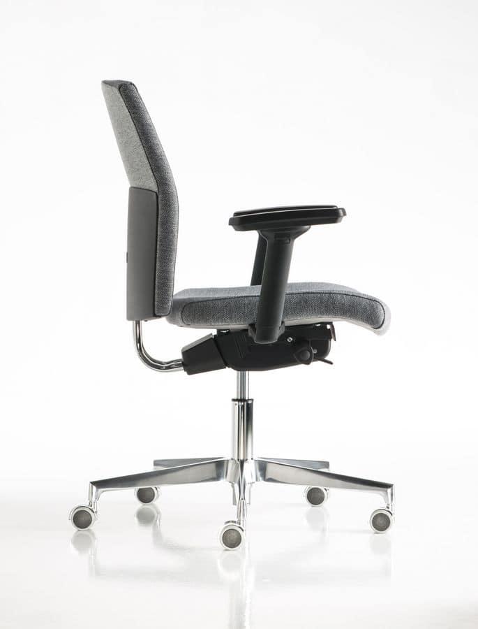 Fit sedia ufficio braccioli regolabili ufficio idfdesign for Sedie ufficio design
