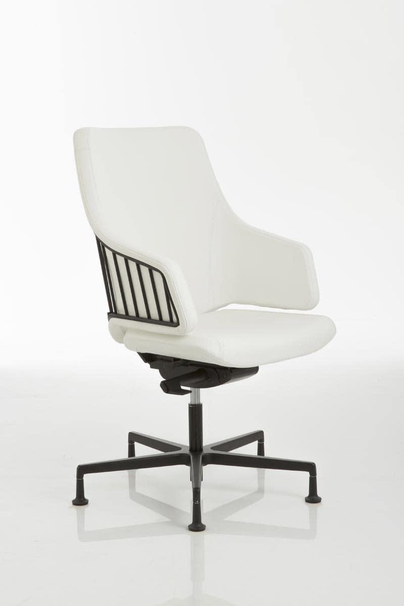 Sedia per ufficio con base in alluminio su piedini idfdesign for Negozi sedie ufficio