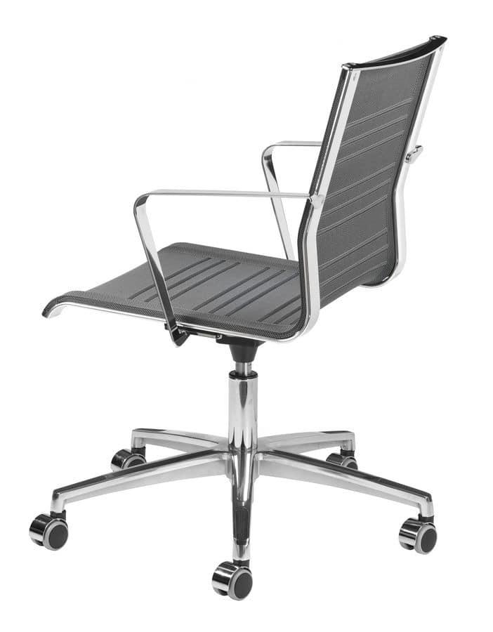 Sedia con ruote scocca traspirante per ufficio idfdesign for Sedie design ufficio