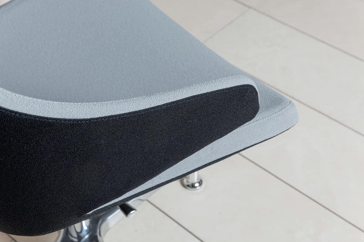 MERAVIGLIA MV2, Sedia imbottita con 4 razze con piedini, altezza regolabile