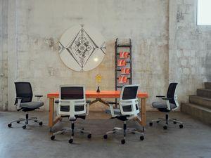 Omnia White Plus 01, Sedia ufficio con schienale basso