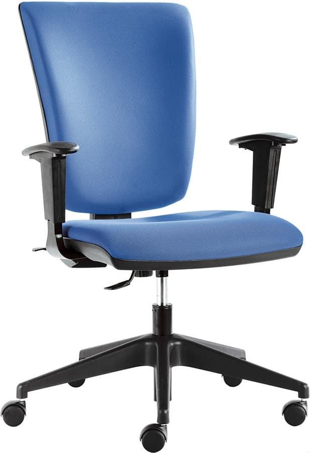 Sedia ufficio con comoda imbottitura idfdesign for Sedia design comoda