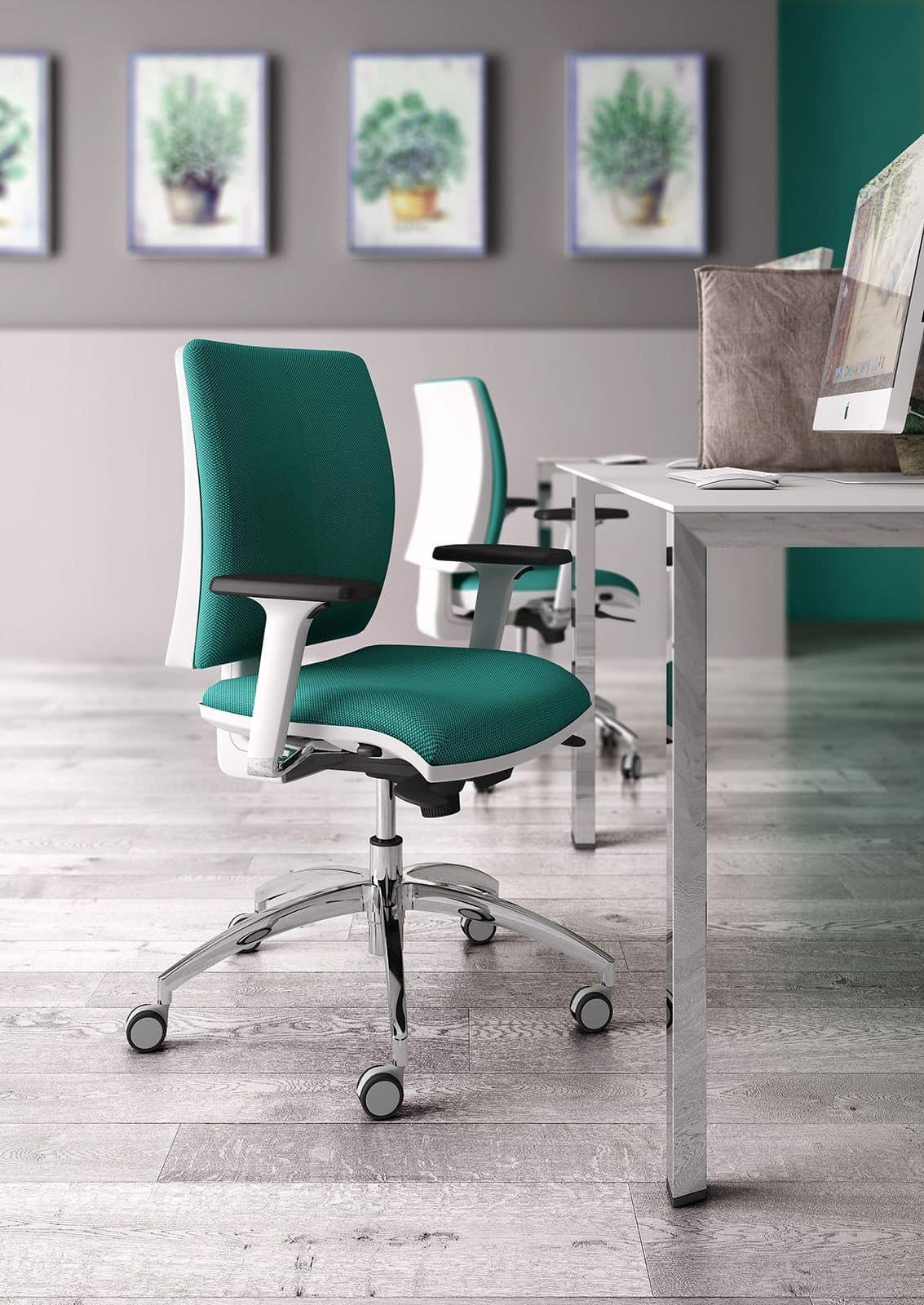 Elegante sedia operativa per ufficio con finitura bianca for Sedute da ufficio