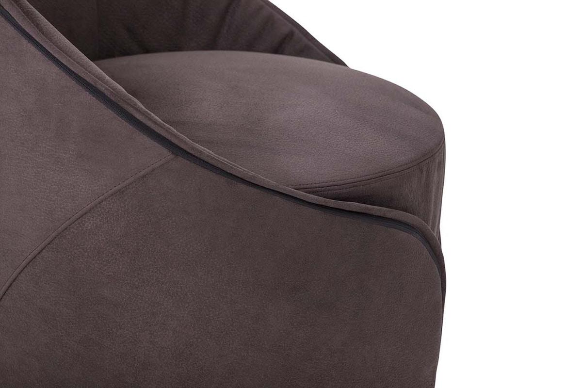 MAMA sedia, Sedia interamente rivestita in pelle o ecopelle