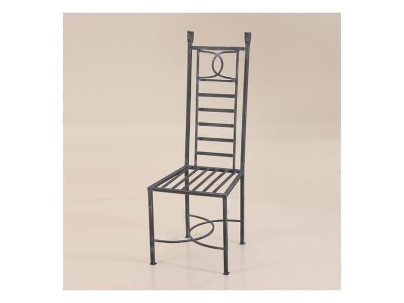 Sedia in ferro battuto per esterni con schienale alto for Salotti in ferro battuto per esterni