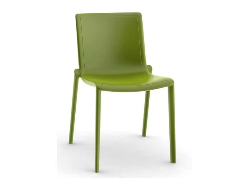 Sedia per esterni leggera robusta comoda in plastica for Sedia design comoda