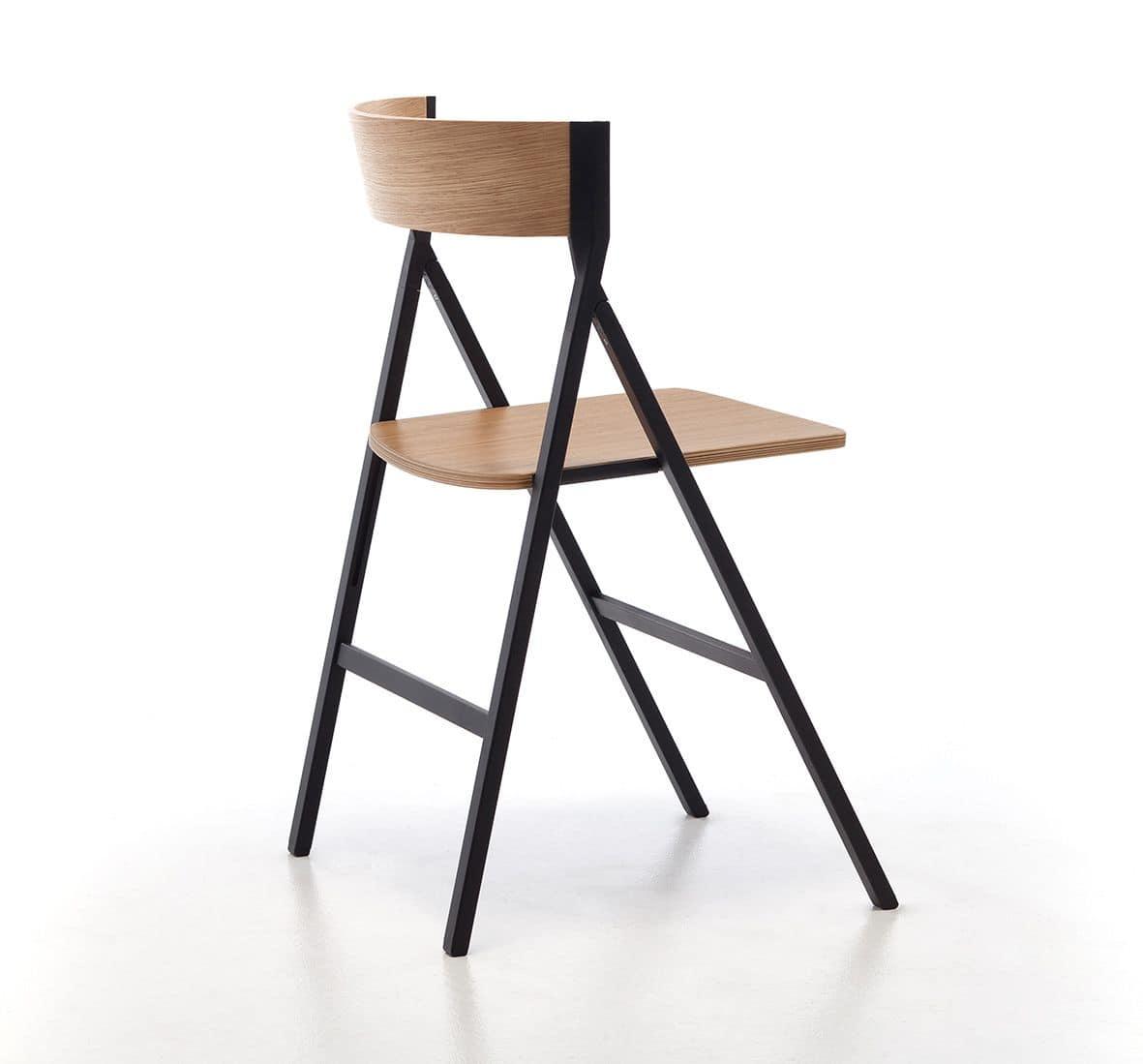 Sedia pieghevole in legno ideale per il contract idfdesign for Sedie pieghevoli legno