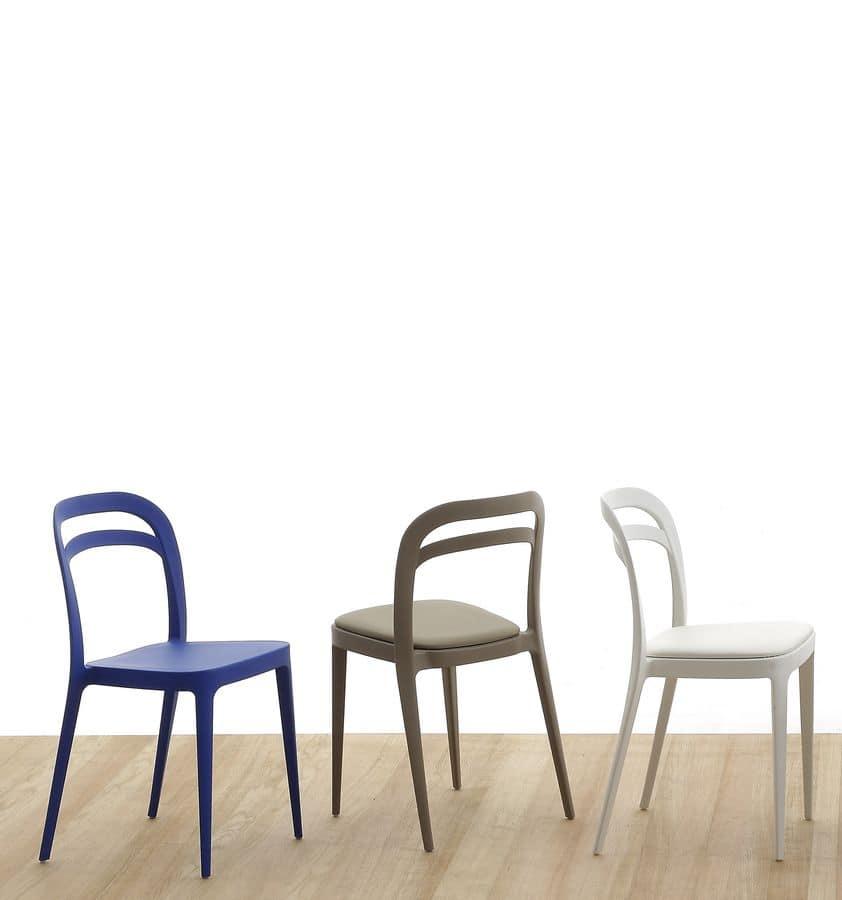 Sedia moderna in polipropilene e cuscino in ecopelle for Design sedie moderne