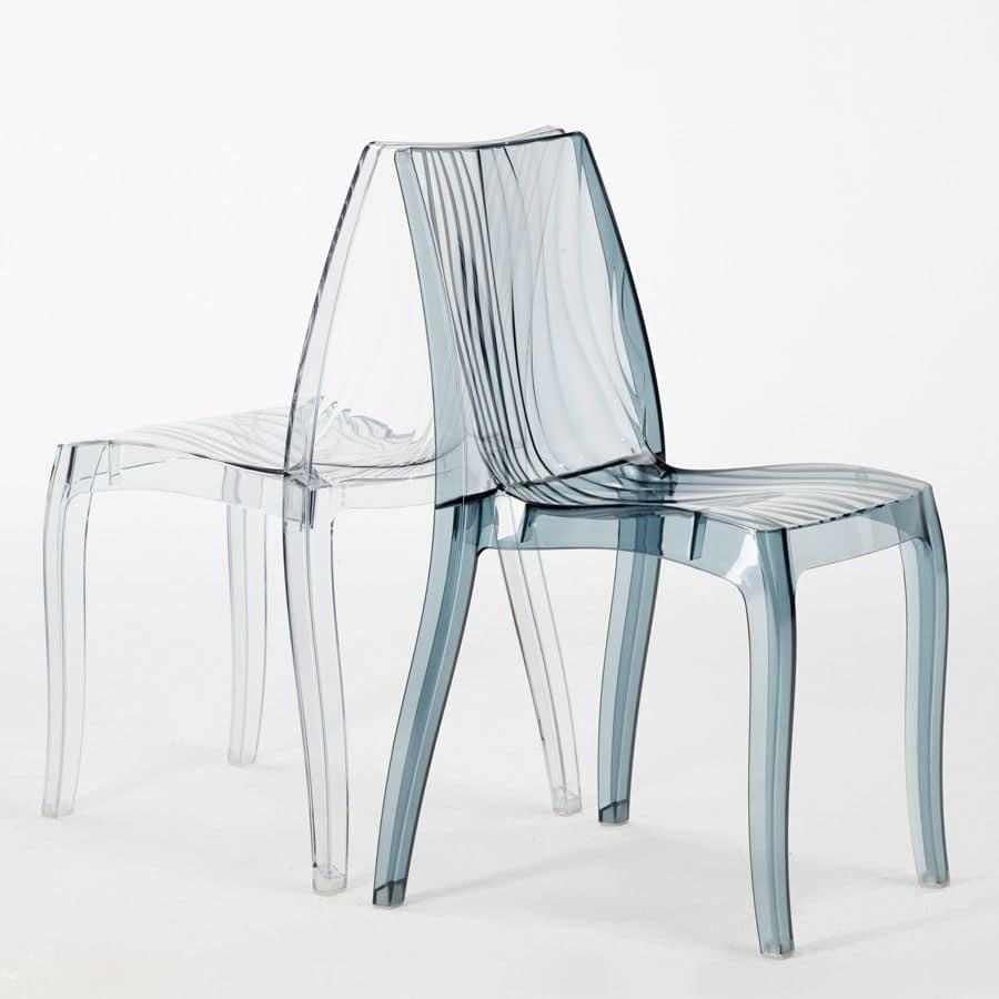 sedia impilabile in policarbonato lucido per uso interno