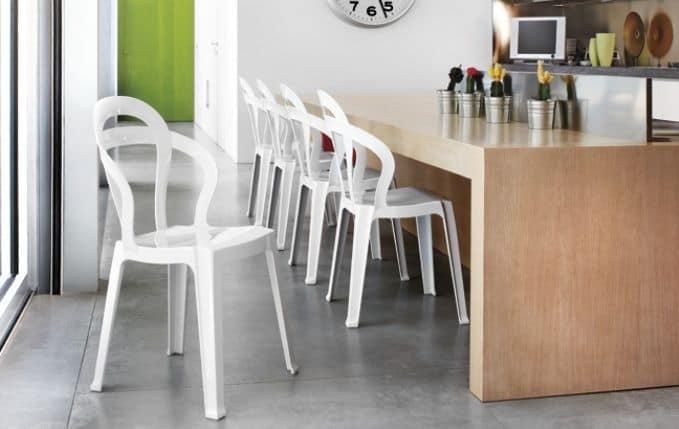 SE 2330, Sedia interamente in plastica trasparente, impilabile, per caffetterie e gelaterie