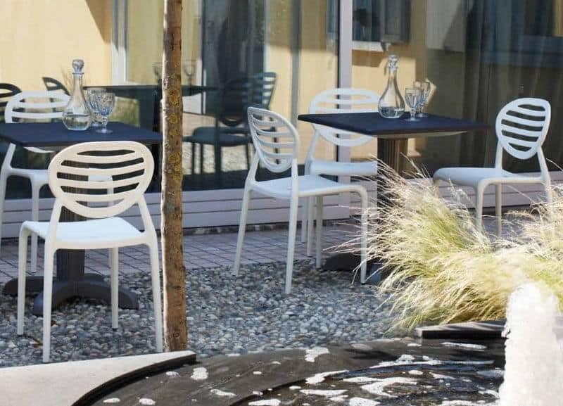 Top Gio, Sedia impilabile in tecnopolimero, anche per giardino