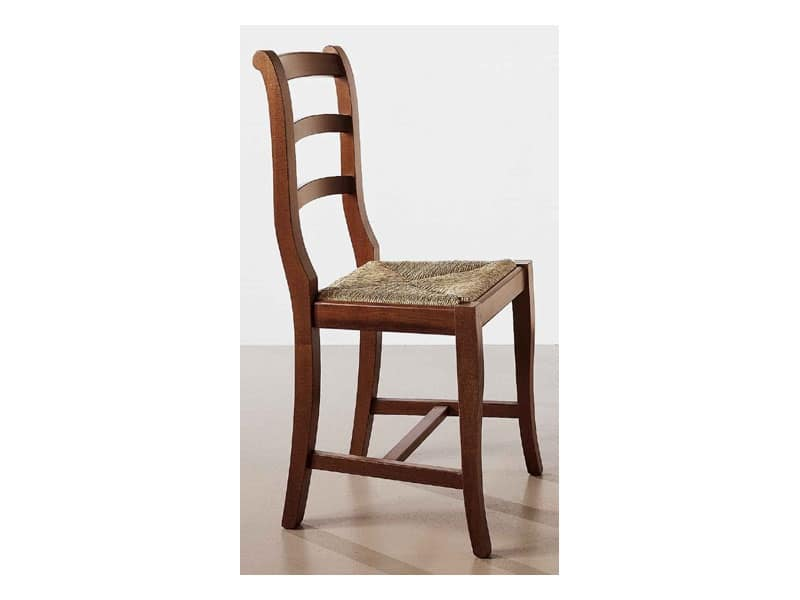 152, Sedia grezza in legno, seduta in paglia, per uso contract