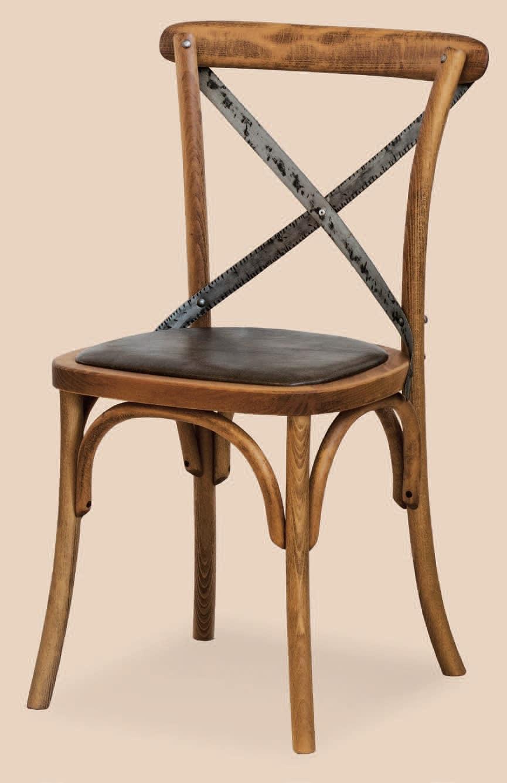 Sedia con seduta imbottita in legno curvato idfdesign for Sedie design 900