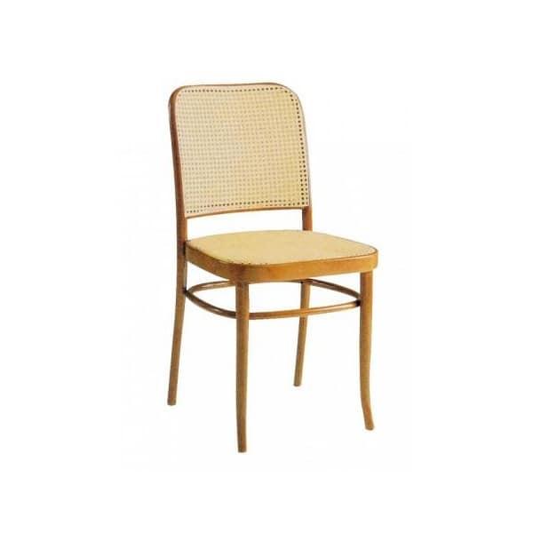 Sedia in legno con schienale in paglia di vienna idfdesign for Sedia design paglia di vienna